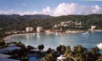356 | La baie d'Ocho Rios - Vue de la baie d'Ocho Rios en Jamaïque