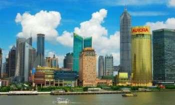 2325 | Shangaï - Baie de Pudong - Un panorama splendide sur la baie de Pudong depuis cette rive aux bâtiments modernes qui n'ont rien à envier aux occidentaux.